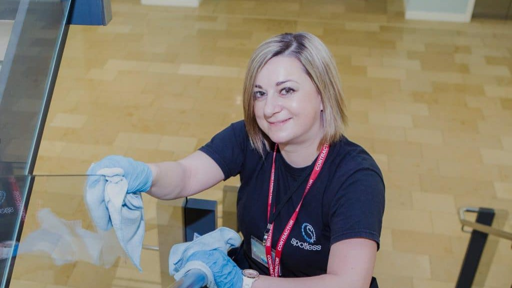 Cleaner - tend to be paid National Living Wage - Spotless Commercial Cleaning